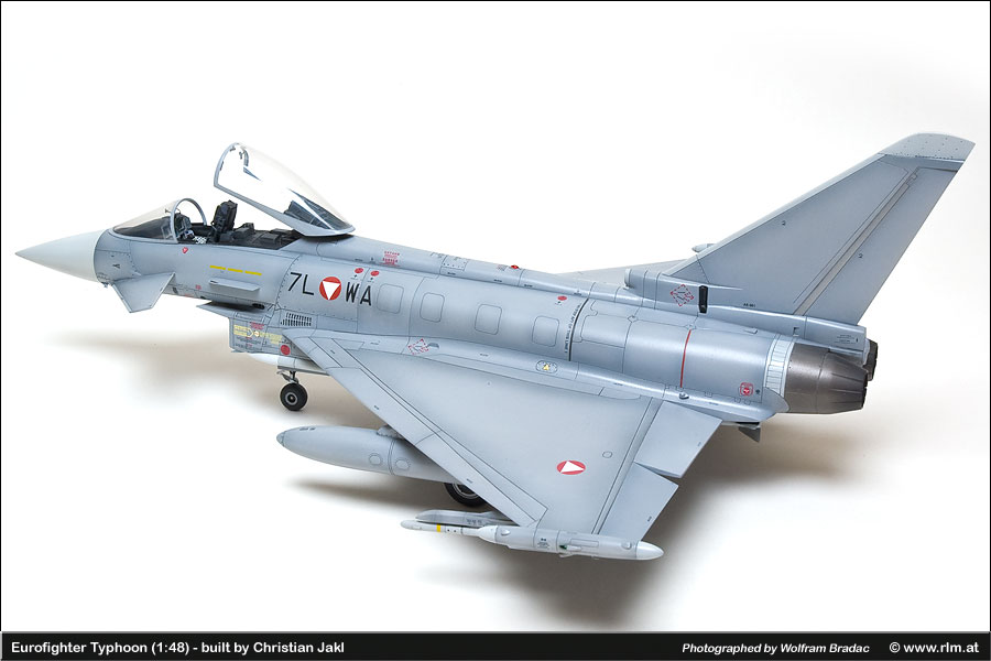 eurofighter typhoon 1 48 die luftwaffe im modell. Black Bedroom Furniture Sets. Home Design Ideas