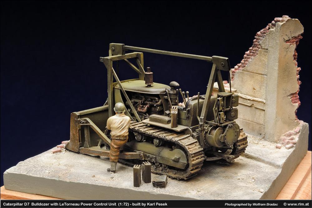 Caterpillar D7 Bulldozer with LeTorneau Power Control Unit (1/72